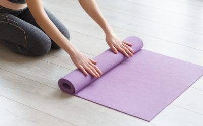 Why is it important to plan a yoga class as a teacher?