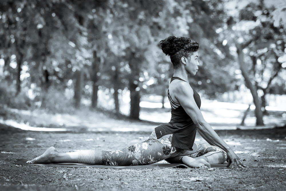 7 tips to avoid lower back pain in yoga practice